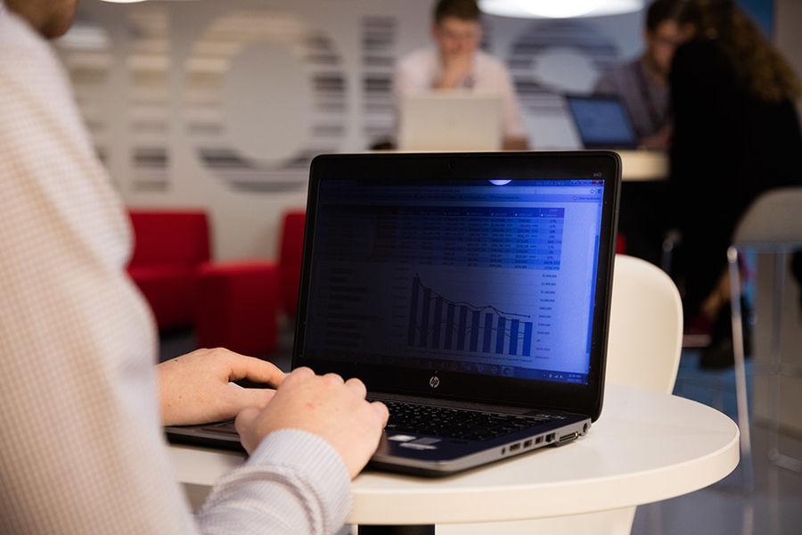 """Экран защиты информации 3M PF170W1B для ноутбука 17"""", 16:10, черный [7000013838]"""