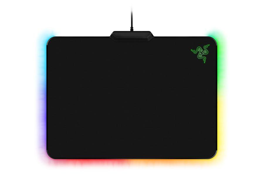 Коврик для мыши RAZER Firefly Cloth черный [rz02-02000100-r3m1]