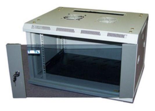 Шкаф настенный Lanmaster Pro (TWT-CBW2-9U-6X6 ) 9U 600x600мм пер.дв.стекл съемные бок.пан. 60кг серы