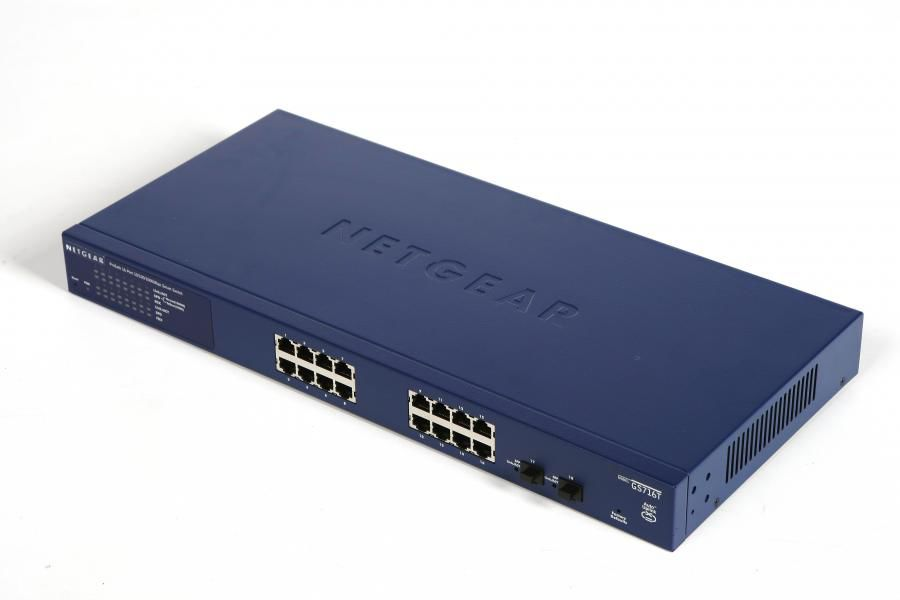 Коммутатор NETGEAR ProSafe GS716T-300EUS